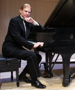 "Masterful San Francisco pianist Frederick Hodges pays tribute to the great American music & the country's greatest dancer in ""A Fred Astaire Ragtime Revue."" 4pm Sunday, April 29, @ PEACE Lutheran Church. 828 W Main St, near downtown Grass Valley."
